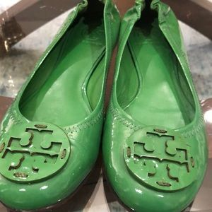 Tory Burch Shoes - Tory Burch Kelly Green/Navy Patent Leather Reva